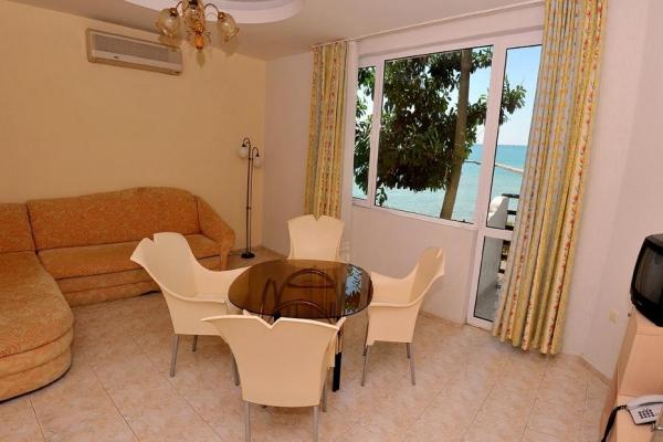 Oasis_hotel_apartment